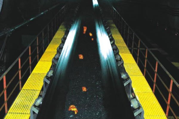 Exporter and supplier of Fire Resistant Conveyor Belt